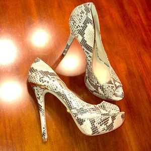 Bebe snake print heel